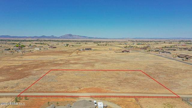 0000 Open Prairie Lane - Lot 2, Prescott Valley, AZ 86315 (MLS #6237672) :: Zolin Group