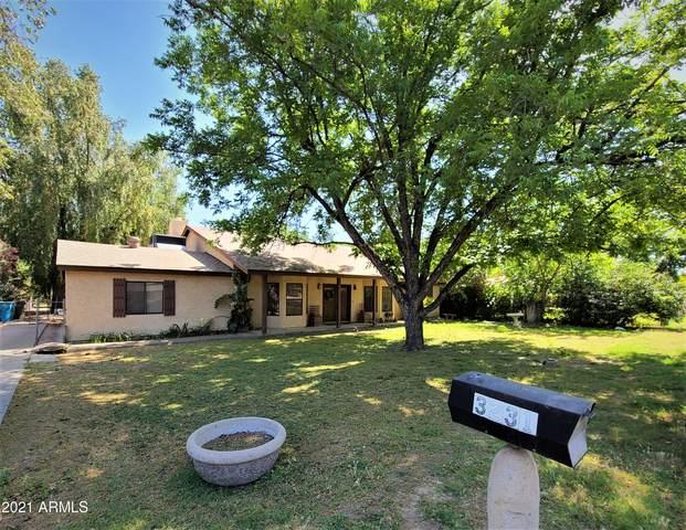 3231 W Orangewood Avenue, Phoenix, AZ 85051 (MLS #6238421) :: The Helping Hands Team