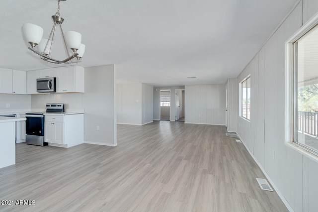 2550 E 10TH Avenue, Apache Junction, AZ 85119 (MLS #6239141) :: Synergy Real Estate Partners