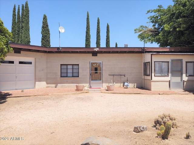 23900 W Cannon Drive, Congress, AZ 85332 (MLS #6239315) :: Zolin Group