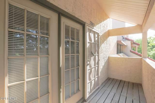30 E Brown Road #2003, Mesa, AZ 85201 (MLS #6239715) :: Yost Realty Group at RE/MAX Casa Grande