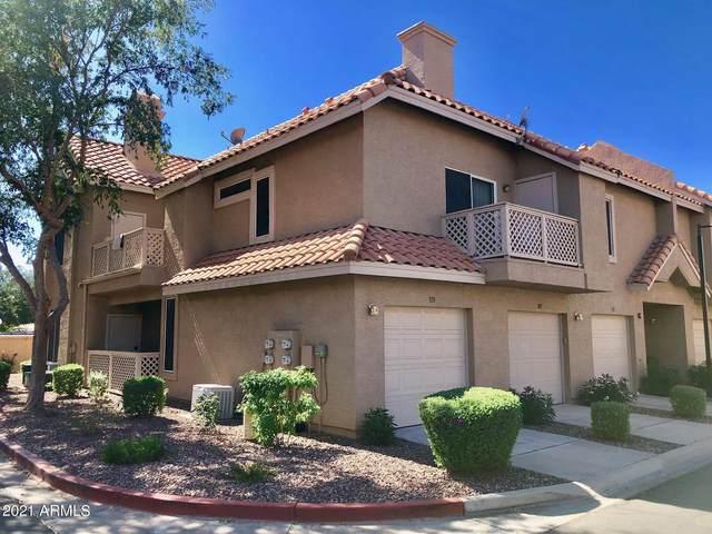 1633 E Lakeside Drive #115, Gilbert, AZ 85234 (MLS #6239913) :: Yost Realty Group at RE/MAX Casa Grande