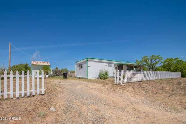7430 W Betty Lue Lane, Kirkland, AZ 86332 (MLS #6240871) :: ASAP Realty