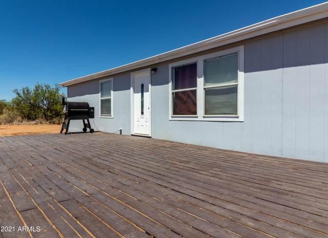 4923 S Clayton Road, Sierra Vista, AZ 85650 (MLS #6241340) :: Devor Real Estate Associates