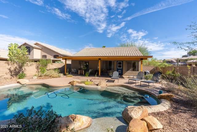4761 E Goldfinch Gate Lane, Phoenix, AZ 85044 (MLS #6243874) :: Yost Realty Group at RE/MAX Casa Grande