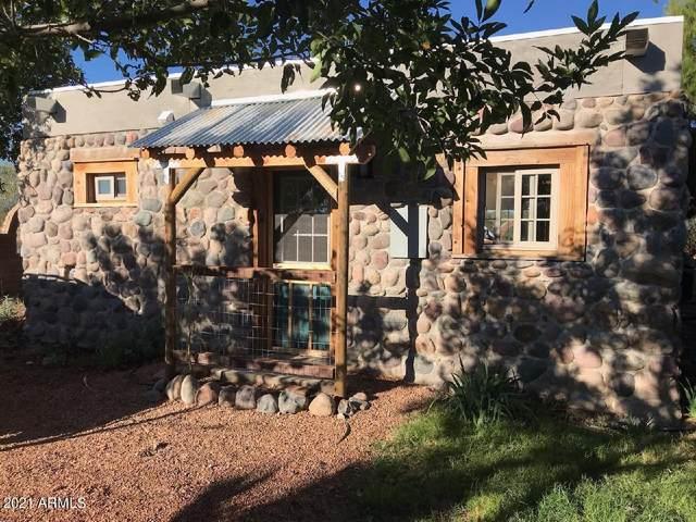 1620 W Newell Street, Naco, AZ 85620 (MLS #6244406) :: Yost Realty Group at RE/MAX Casa Grande