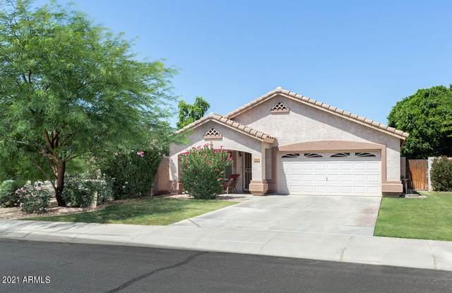 654 N Horne Street, Gilbert, AZ 85233 (MLS #6245985) :: Yost Realty Group at RE/MAX Casa Grande