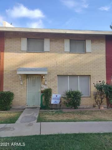 6676 N 43RD Avenue, Glendale, AZ 85301 (MLS #6246856) :: Service First Realty