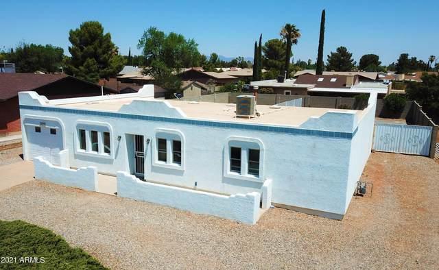 4825 Paseo Arruza, Sierra Vista, AZ 85635 (MLS #6247034) :: Yost Realty Group at RE/MAX Casa Grande