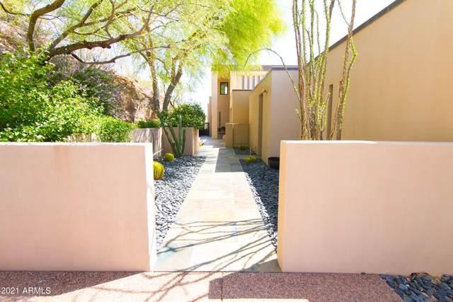 6901 N Highlands Drive, Paradise Valley, AZ 85253 (MLS #6247123) :: Yost Realty Group at RE/MAX Casa Grande