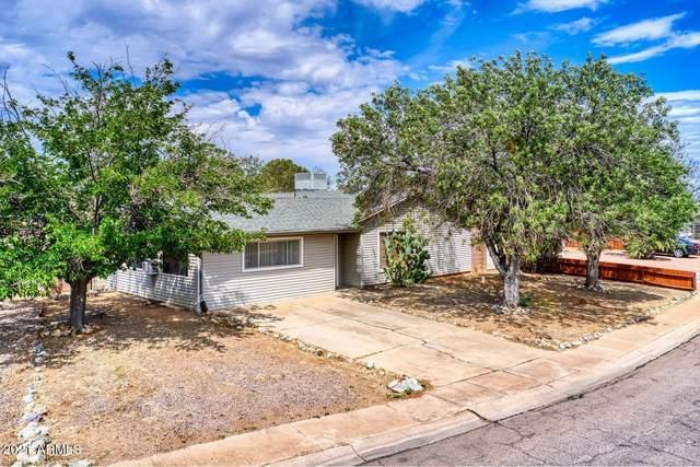 111 Witt Drive, Sierra Vista, AZ 85635 (MLS #6247781) :: Yost Realty Group at RE/MAX Casa Grande