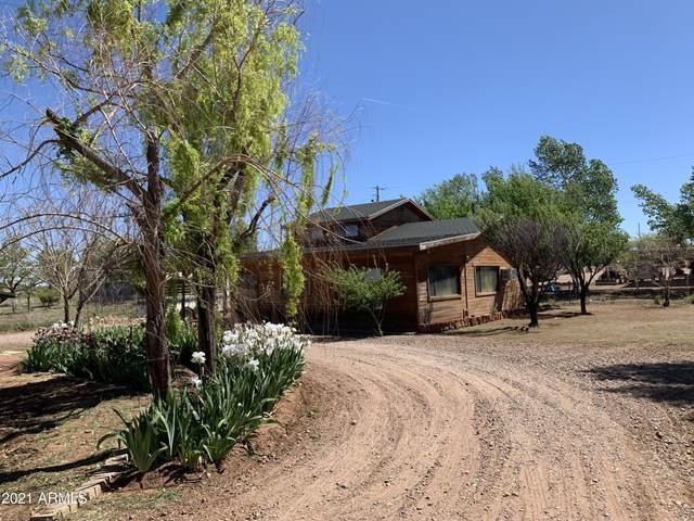 9694 E Concho Highway, Snowflake, AZ 85937 (MLS #6248052) :: Yost Realty Group at RE/MAX Casa Grande