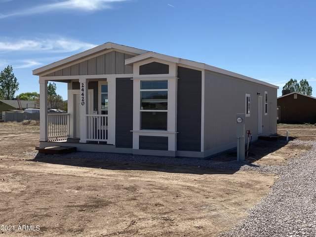 24420 N Marblehead Avenue, Paulden, AZ 86334 (#6249786) :: Long Realty Company