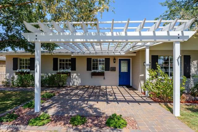 3122 N 42nd Street, Phoenix, AZ 85018 (MLS #6250000) :: Yost Realty Group at RE/MAX Casa Grande