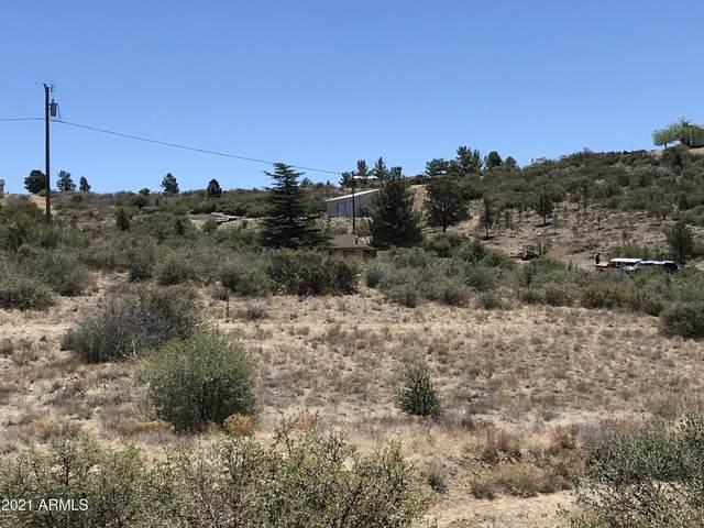 18124 S Niblick Drive, Peeples Valley, AZ 86332 (MLS #6250111) :: Long Realty West Valley