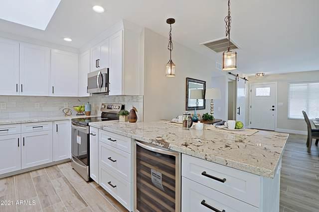 9726 W Newport Drive, Sun City, AZ 85351 (#6251263) :: Long Realty Company