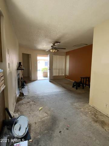 421 W Yukon Drive #7, Phoenix, AZ 85027 (MLS #6252177) :: Klaus Team Real Estate Solutions