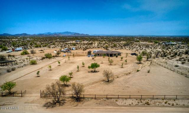 51460 W Fresno Road, Maricopa, AZ 85139 (MLS #6252252) :: Long Realty West Valley