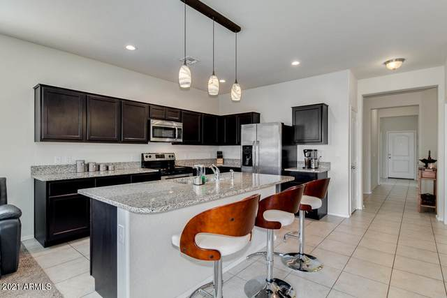 4957 E Black Opal Lane, San Tan Valley, AZ 85143 (MLS #6252295) :: Midland Real Estate Alliance