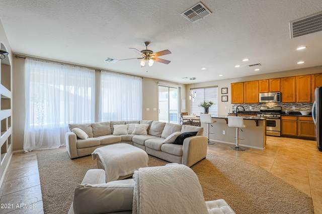 2105 E Oakland Street, Chandler, AZ 85225 (MLS #6253923) :: Yost Realty Group at RE/MAX Casa Grande