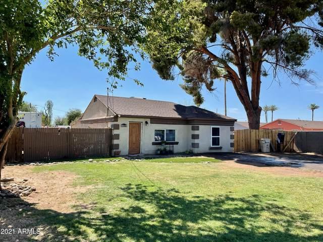 6410 N 64TH Drive, Glendale, AZ 85301 (MLS #6254421) :: Yost Realty Group at RE/MAX Casa Grande