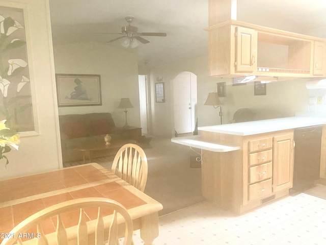 450 W Sunwest Drive, Casa Grande, AZ 85122 (MLS #6254523) :: Yost Realty Group at RE/MAX Casa Grande