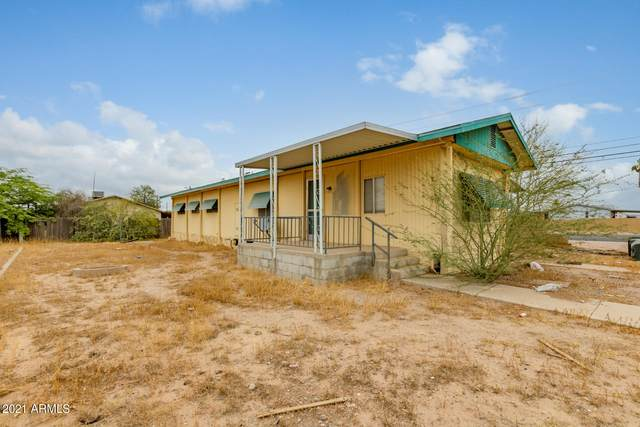 1597 N Wood Street, Casa Grande, AZ 85122 (MLS #6254797) :: Yost Realty Group at RE/MAX Casa Grande