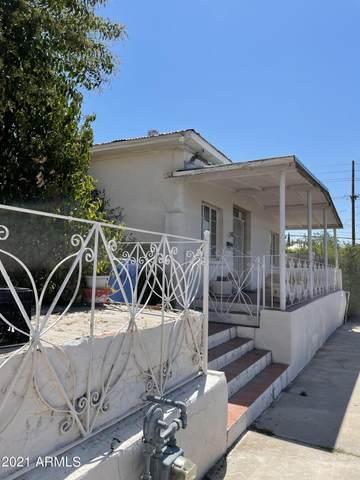 410 W Walnut Street W, Nogales, AZ 85621 (MLS #6257169) :: Yost Realty Group at RE/MAX Casa Grande