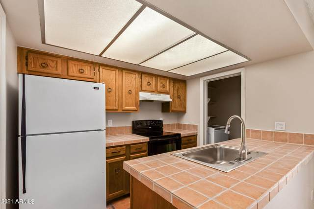 2815 N 52ND Street #8, Phoenix, AZ 85008 (MLS #6259308) :: Yost Realty Group at RE/MAX Casa Grande