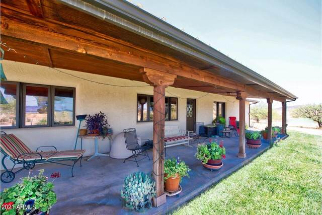 4060 E Davis Ranch Road E, Tombstone, AZ 85638 (MLS #6260495) :: Yost Realty Group at RE/MAX Casa Grande