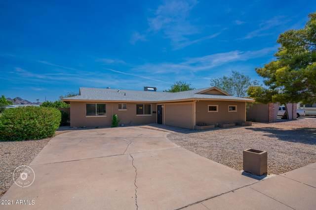2443 E Marmora Street, Phoenix, AZ 85032 (MLS #6261791) :: Yost Realty Group at RE/MAX Casa Grande