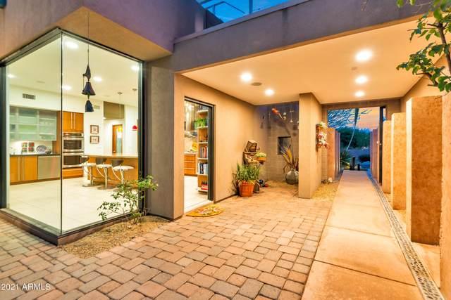 7405 E Sugarloaf Street, Mesa, AZ 85207 (MLS #6264961) :: Executive Realty Advisors