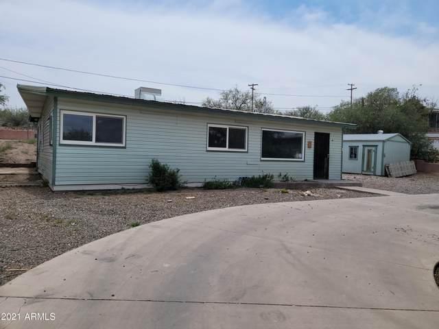 143 W Avenida De La Loma Street, Tombstone, AZ 85638 (MLS #6265054) :: Yost Realty Group at RE/MAX Casa Grande