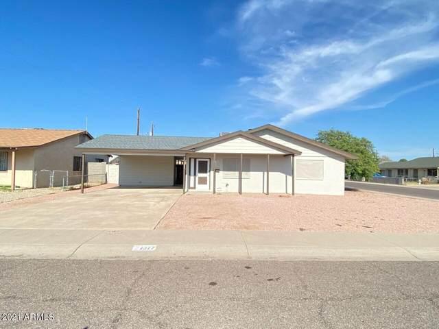 2327 N 56TH Drive, Phoenix, AZ 85035 (MLS #6266856) :: Yost Realty Group at RE/MAX Casa Grande