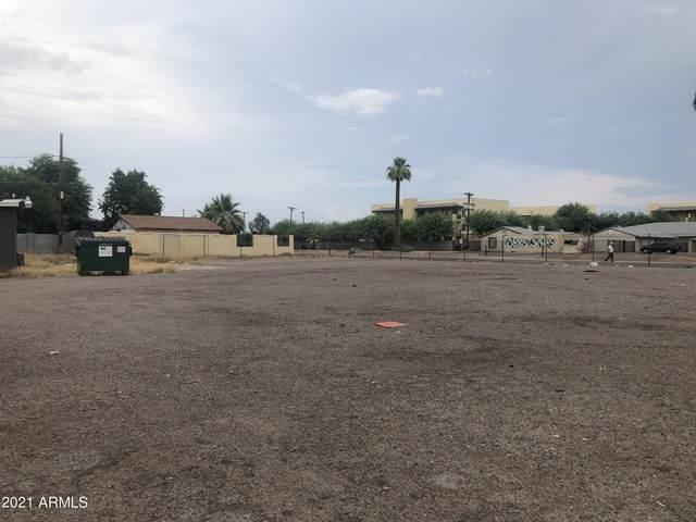 4008 W Mcdowell Road, Phoenix, AZ 85009 (MLS #6267282) :: Yost Realty Group at RE/MAX Casa Grande