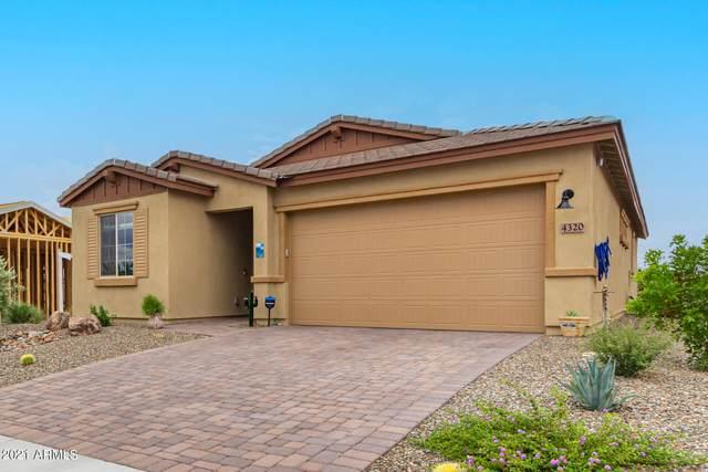 4320 Buffalo Ridge, Wickenburg, AZ 85390 (MLS #6267855) :: Yost Realty Group at RE/MAX Casa Grande