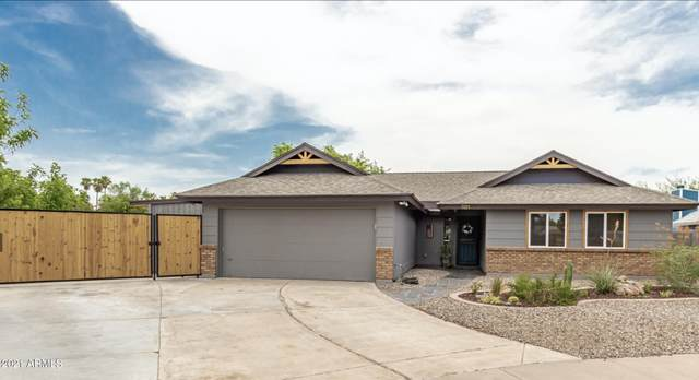 1101 N Ash Street, Gilbert, AZ 85233 (MLS #6268343) :: Devor Real Estate Associates