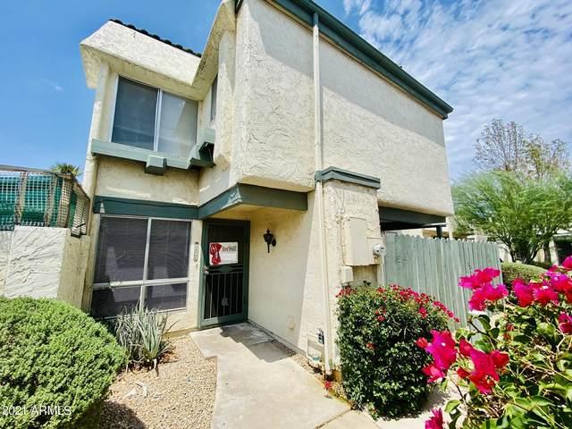 9043 N 52ND Avenue, Glendale, AZ 85302 (MLS #6268579) :: Yost Realty Group at RE/MAX Casa Grande