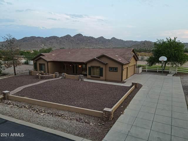 9701 W Prospector Drive, Queen Creek, AZ 85142 (MLS #6268865) :: Yost Realty Group at RE/MAX Casa Grande