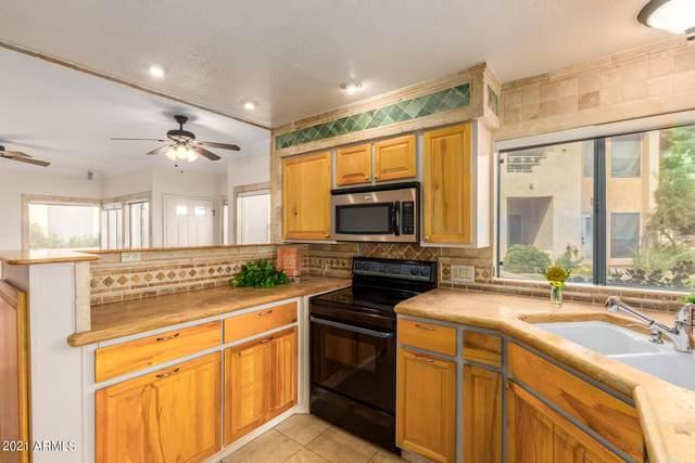 101 N 7th Street #121, Phoenix, AZ 85034 (MLS #6269075) :: Yost Realty Group at RE/MAX Casa Grande