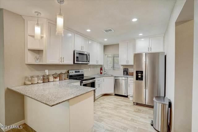 2103 W 1ST Street, Mesa, AZ 85201 (MLS #6269221) :: Yost Realty Group at RE/MAX Casa Grande