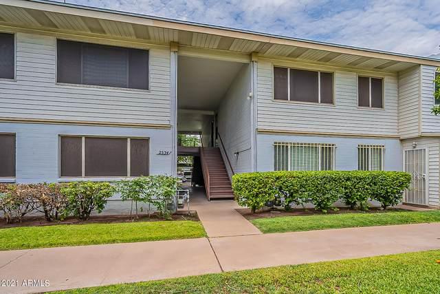 2534 W Berridge Lane E208, Phoenix, AZ 85017 (#6270169) :: Luxury Group - Realty Executives Arizona Properties