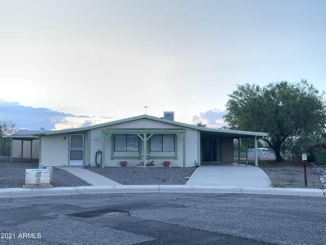690 W Smoketree Street, Wickenburg, AZ 85390 (MLS #6271320) :: The Copa Team | The Maricopa Real Estate Company