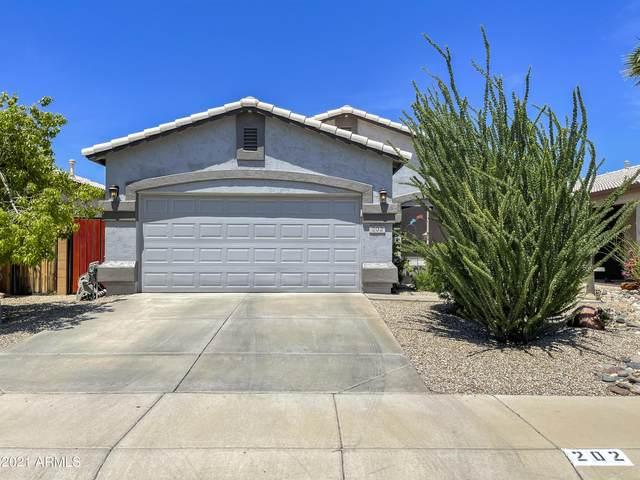202 E Cheyenne Road, San Tan Valley, AZ 85143 (MLS #6271637) :: Yost Realty Group at RE/MAX Casa Grande