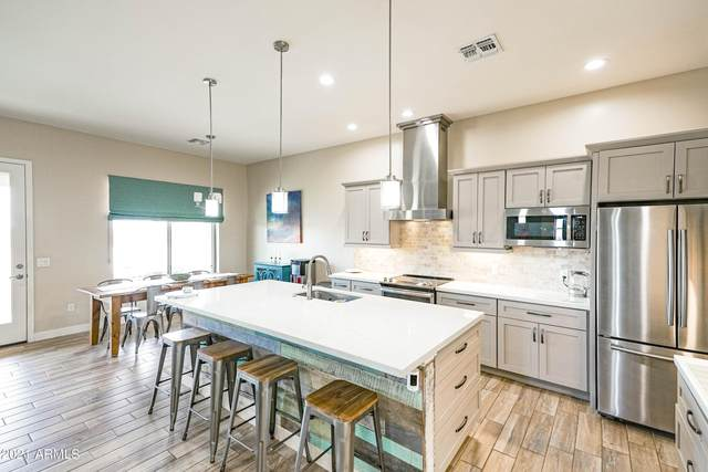28710 N 251ST Avenue, Wittmann, AZ 85361 (MLS #6272482) :: The Copa Team | The Maricopa Real Estate Company