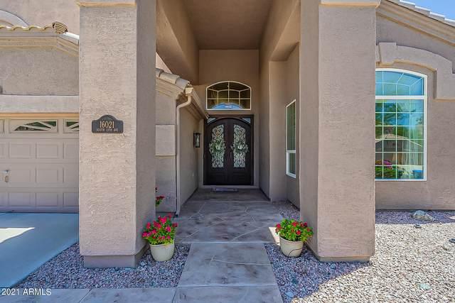 16021 S 13TH Avenue, Phoenix, AZ 85045 (MLS #6272756) :: Yost Realty Group at RE/MAX Casa Grande
