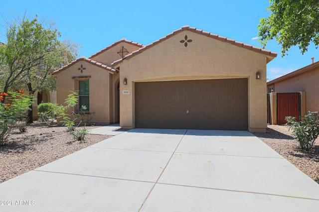 3920 S Star Canyon Drive, Gilbert, AZ 85297 (MLS #6273154) :: Yost Realty Group at RE/MAX Casa Grande