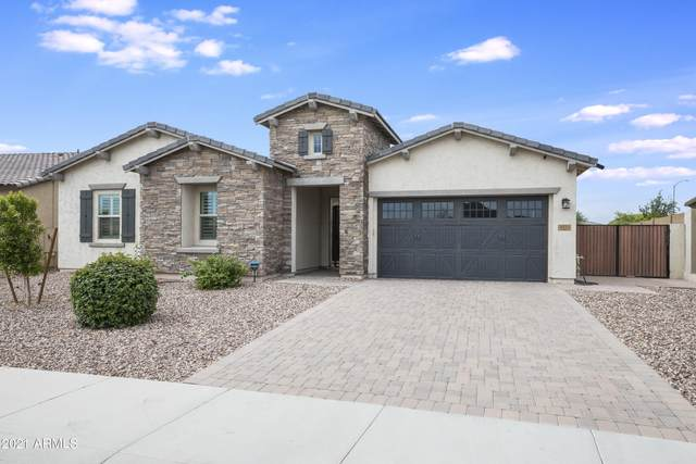 9311 W Country Club Trail, Peoria, AZ 85383 (MLS #6273507) :: Long Realty West Valley