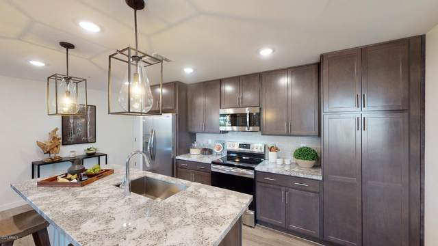 155 N Lakeview Boulevard #128, Chandler, AZ 85225 (MLS #6274093) :: The Property Partners at eXp Realty