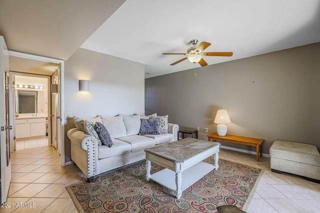 17027 N Del Webb Boulevard, Sun City, AZ 85373 (MLS #6274180) :: Dave Fernandez Team | HomeSmart